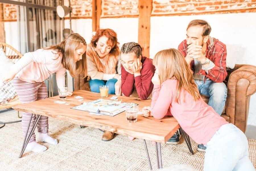 How to Plan the Most Amazing Family Game Night Ever